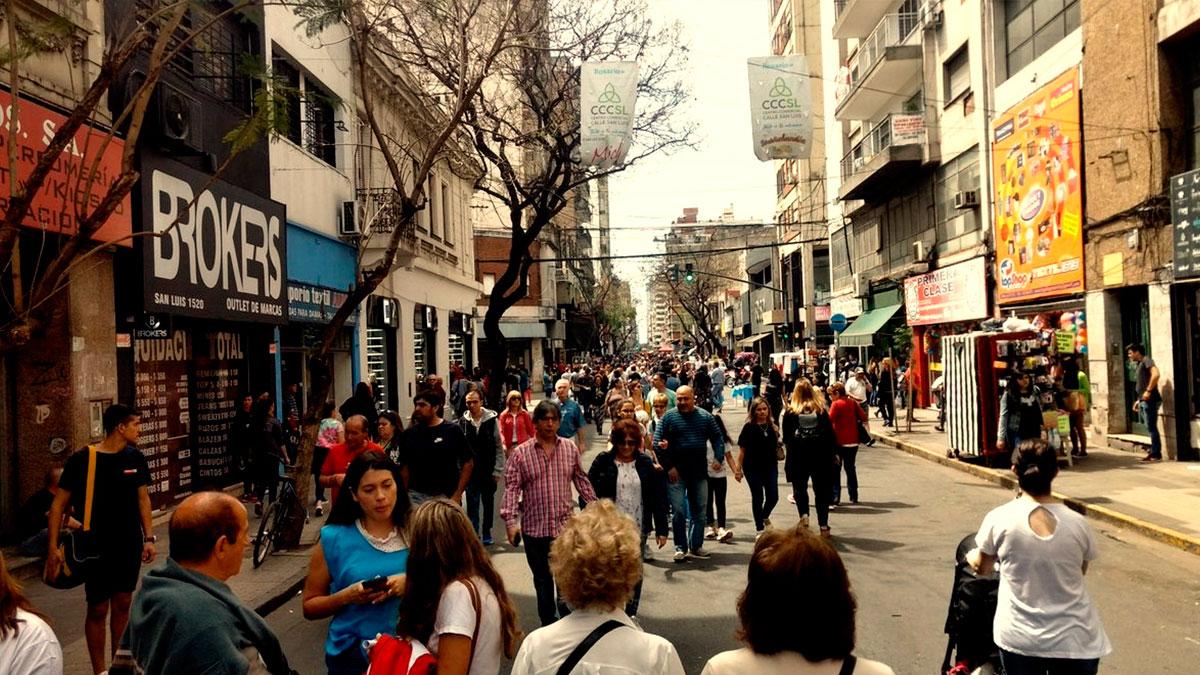Proponen implementar un tour de compras mayoristas en calle San Luis