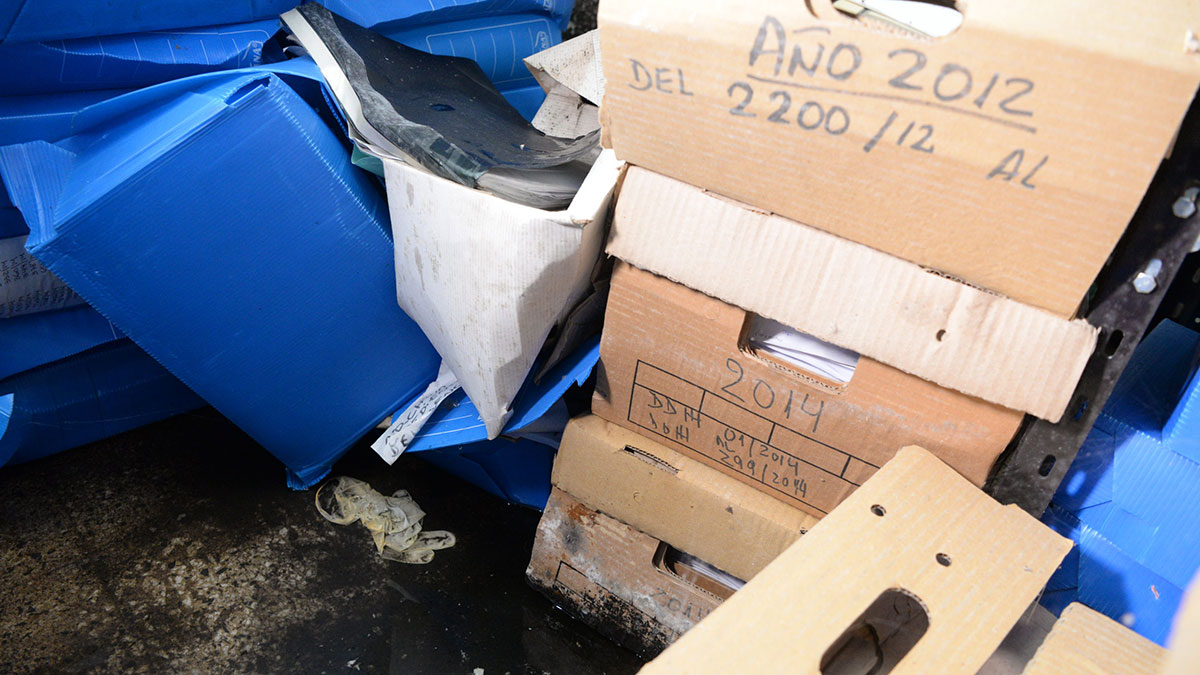 Encontraron archivos de Derechos Humanos bajo agua y apuntaron contra Macri