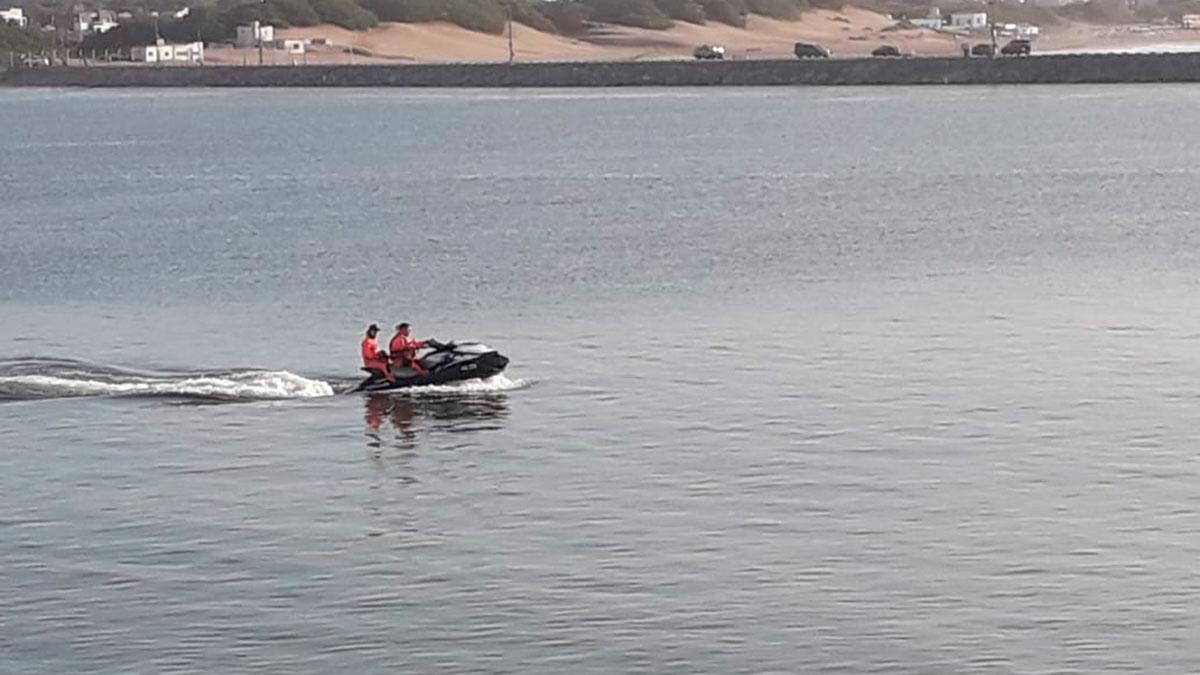 Continúa la búsqueda del nadador desaparecido el sábado en Necochea
