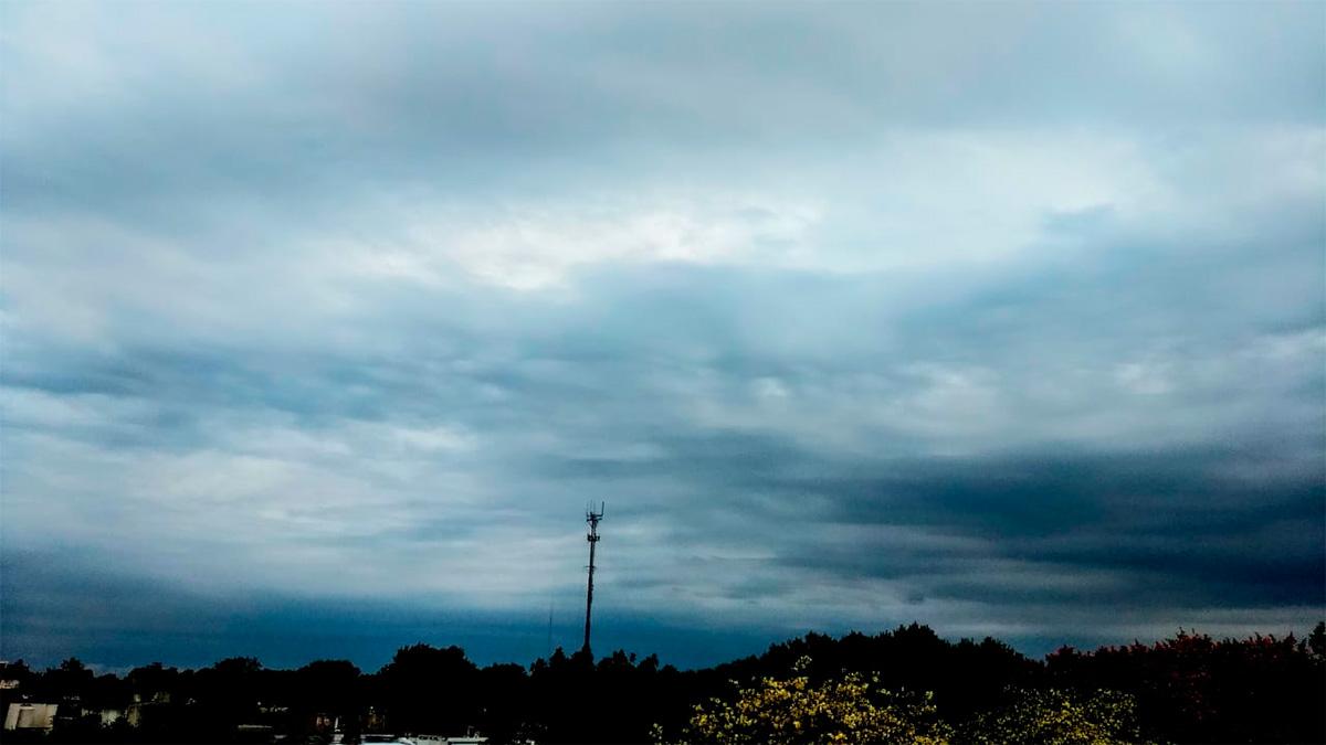 El cielo se va cubriendo de nubes y se anuncian tormentas, ¿lloverá?
