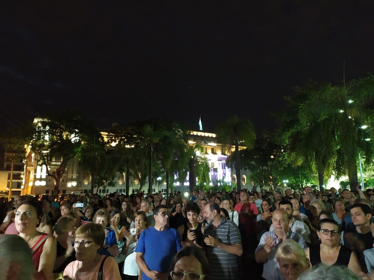 Santa Fe sangra: masiva marcha contra la inseguridad en la capital provincial
