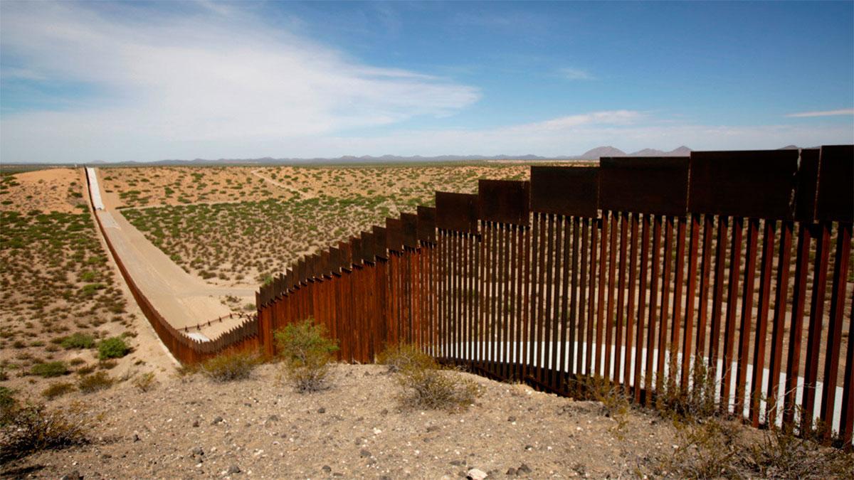 Trump desvía fondos del Pentágono para la construcción del muro con México