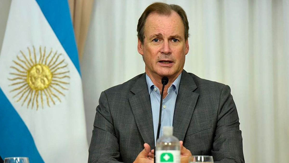 """Bordet sigue internado pero en """"buen estado general"""" con coronavirus"""